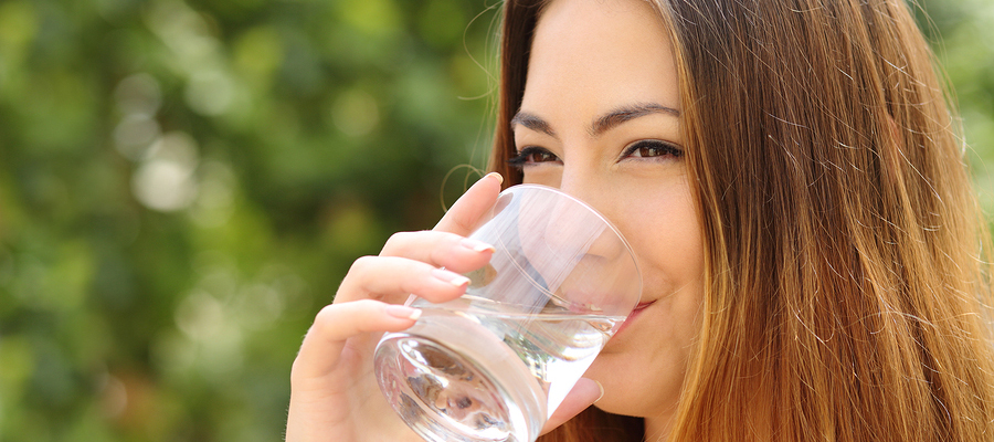 Drinking water after eating certain foods helps clean your gums.
